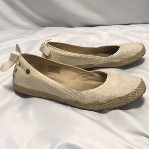 UGG canvas flats size 8